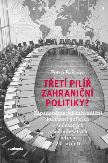 Třetí pilíř zahraniční politiky?